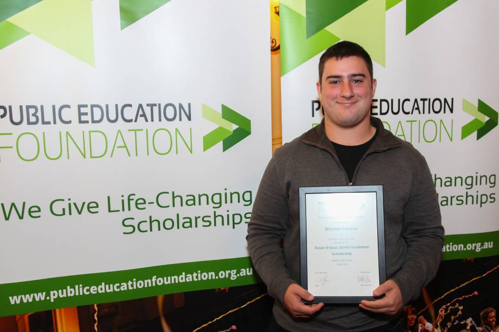 Mitchell Catania, Susan and Isaac Wakil Foundation Scholarship recipient